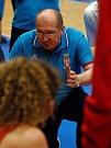 Basketbalistky Srbska (v červeném) v úvodním zápase šestého ročníku mezinárodního turnaje v karlovarské KV Areně porazily celek Číny.