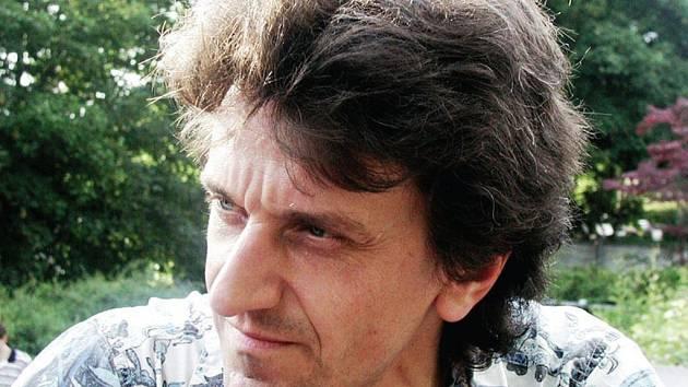 Johannes Schlaefli, švýcarský dirigent působící v Zürichu, bude řídit páteční koncert karlovarských symfoniků.