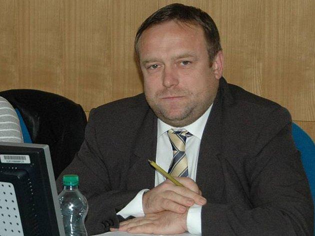 Náměstek Petr Keřka (ODS).