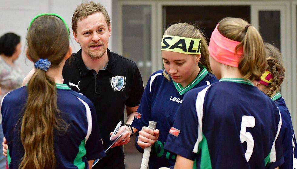 Hala míčových sportů v lázeňském městě hostila závěrečné kolo florbalové Ligy elévů.