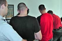 Karlovarští kriminalisté zadrželi pachatele několika louoeží a krádeží