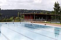 BAGRY v posledních dnech dokončují úpravy. Do začátku plavecké sezony bude vše připravené včas.