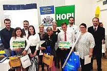 Tým Střední školy logistické Dalovice obsadil druhé místo v 9. ročníku celostátní soutěže Logistik junior 2017.