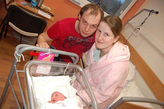 První miminko v Karlovarském kraji v roce 2011. Malá Terezka Hanáková se narodila 1. ledna v 10.45 hodin.