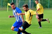 Ostrovští fotbalisté si mohli o víkendu vychutnat první podzimní vítězství v divizní soutěži, když na svém stadionu porazili po velmi vydařeném výkonu výběr Slaného 4:0.