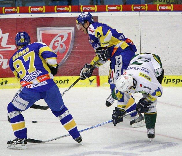Extraligoví hokejisté Zlína nastoupili v rámci 23. kola proti Karlovým Varům.