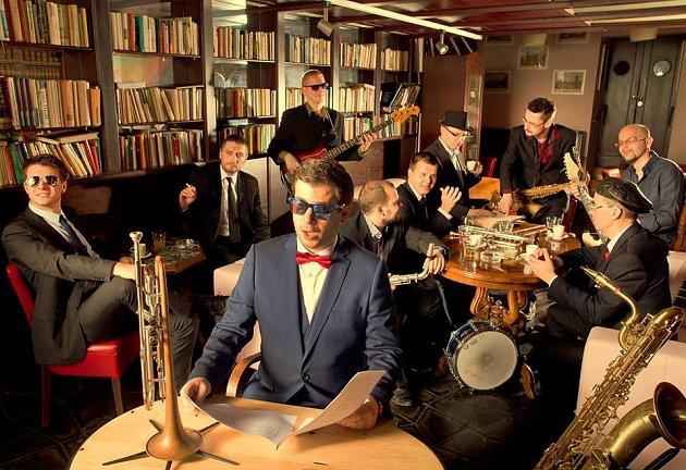 TOP DREAM COMPANY se v karlovarském Klubu Paderewski představí v půlce března.