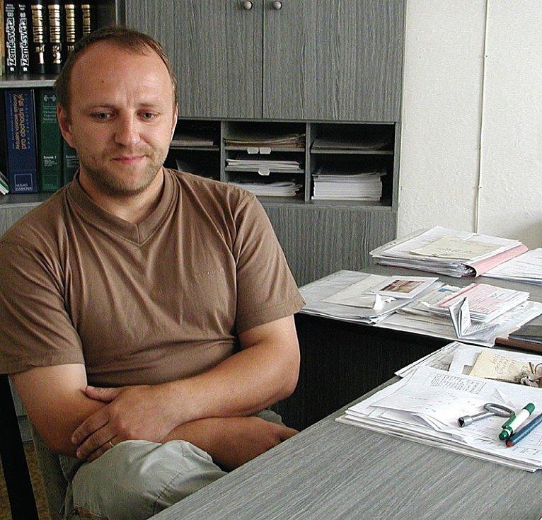 JÁ NIC, JÁ MUZIKANT. Exstarosta Stanovic a současný řadový zastupitel Radek Langmaier vždy tvrdil, že se žádného pochybení ve funkci starosty nedopustil.
