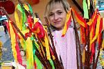K Velikonocům patří také barevná pomlázka. Foto: Archiv/Deník