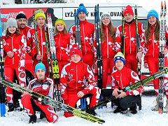 ÚSPĚŠNÁ VÝPRAVA. Dorostenecký výběr LK Slovan Karlovy Vary uspěl na mistrovských závodech v běžeckém lyžování v Břízkách, když dosáhl celkem na čtyři cenné kovy.