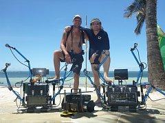 Michael Rutzen a Steve, dva sharkmani.