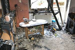 Následky požáru z roku 2019 v Majakovského ulici v Karlových Varech.