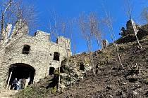 Vyhledávaným místem je i zřícenina hradu Andělská Hora.