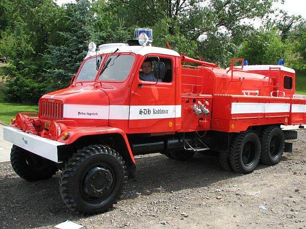 Hasičská Praga V3S.
