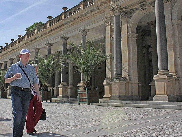 Turisté mají o Karlovarsku stále zájem, jejich úbytek byl jen minimální.