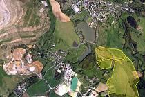 Lom větší než Nová Role vznikne v místech, kde to asi čekal málokdo – kilometr od sídliště a ve své konečné fázi sotva sto metrů od hráze rybníka. (Na mapce vyznačeno žlutě.)