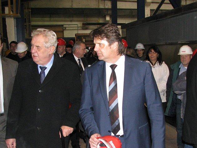 V programu prezidenta pravidelně bývají návštěvy některých podniků. V minulosti si prohlédl například Lias Vintířov.