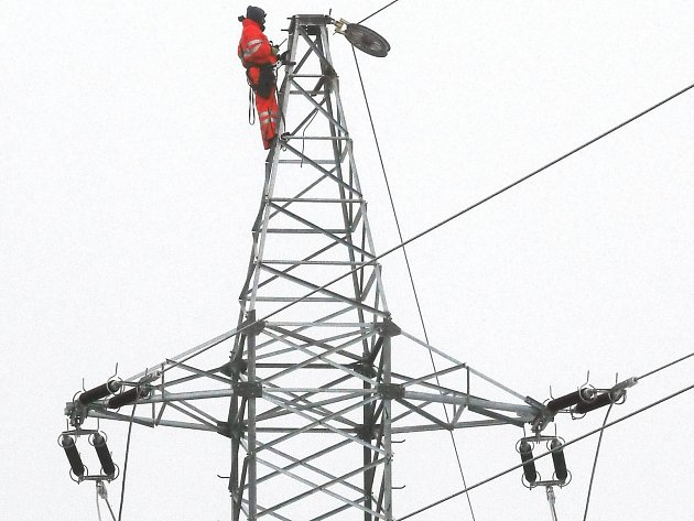 Nové zdroje elektřiny v Karlovarském kraji se mohou od 1. září opět připojovat k distribuční soustavě.