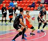 Karlovarsko ve čtvrtfinále Českého poháru přejelo Ostravu v poměru 3:0, a na zápasy tak vede 1:0.
