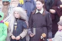 Na loňský masopust v obci Hory dorazili i členové kapely ZZ Top či Adamsova rodinka