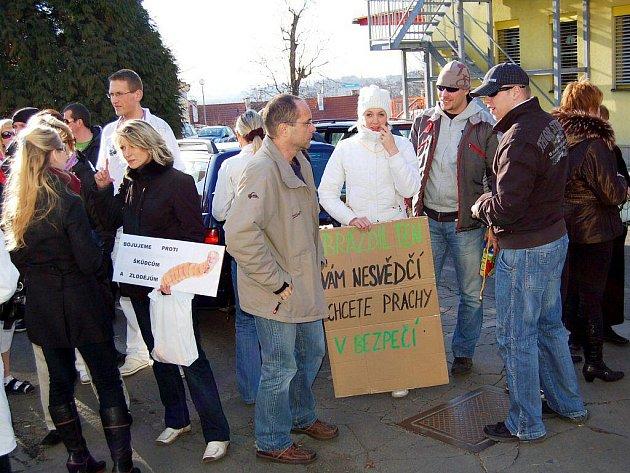 Protestní akce v karlovarské nemocnici