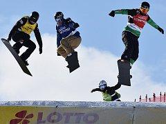 Snowboardcross na Božím Daru a Klínovci