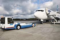 Přilákat do Karlovarského kraje co nejvíce turistů, to je hlavní úkol destinační agentury. Důležitou roli v tom hraje i letiště.