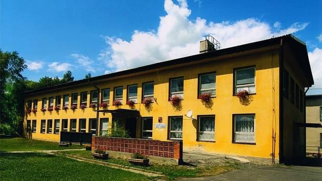 Mateřská škola ve Žluticích je jedna z budov ve městě, kterou chce radnice nechat zateplit.