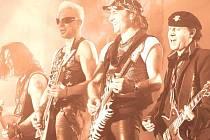 Německá hard rocková legenda předvedla skvělý výkon a nadchla tisíce diváků. Karlovaráci naplnili stadion a užívali si skvělého mejdanu.