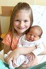 Kristýnka Krýslová (se sestřičkou Nicolkou) z Karlových Varů se narodila 15. 5. 2015
