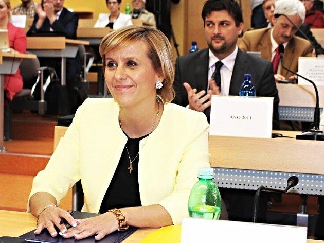 Hejtmanka Jana Vildumetzová krátce po zvolení.