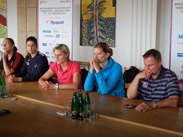 Tisková konference k turnaji International Basketball Tournament Karlovy Vary 2012.