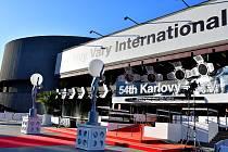 V lázeňském městě je v plném proudu 54. ročník MFF Karlovy Vary.