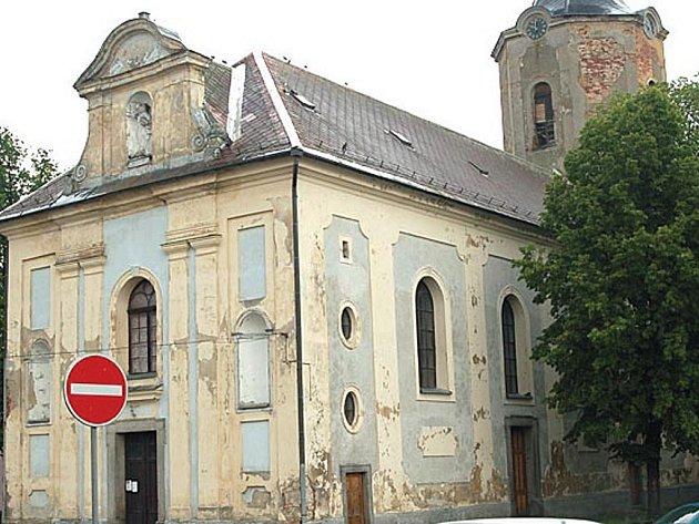 Kostel v Hroznětíně.
