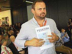 Sametoví teroristé převzal cenu Federace filmových kritiků z Evropy a Středomoří Ivan Ostrochovský.