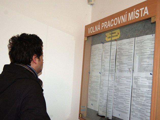 Karlovarský kraj patří k regionům nejvíce postiženým nezaměstnaností.
