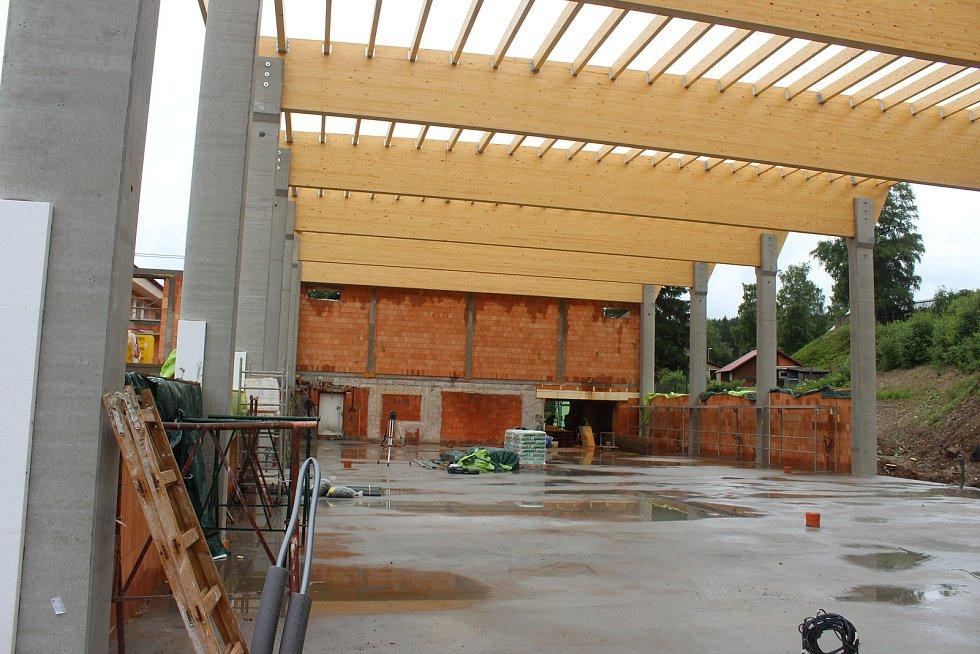 Nová hala bude hotová do konce letošního roku.