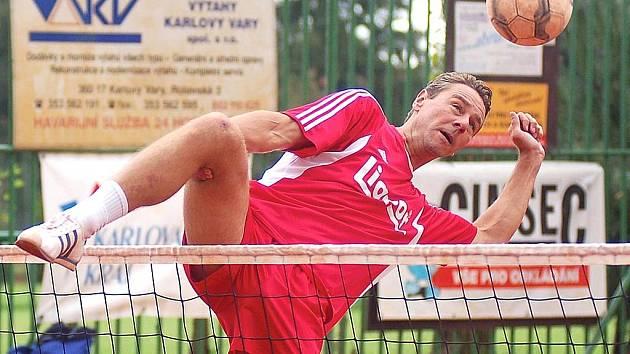 Radost z postupu do semifinále ligy v barvách SK Liapor si mohl užít slovenský reprezentant Richard Makara.