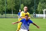 Rodák z Potůčků Ondřej Nýber, který několik sezon řádil v dresu ostrovského FK, od nové sezony řádí za hranicemi v německém VFC Plauen, kde si odbývá v tamním A-týmu své první zahraniční angažmá.