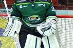 Hokejisté HC Energie (v zeleném) si v domácím prostředí poradili s Horáckou Slavií Třebíč.