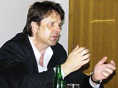 Ing. Rudolf Borýsek, generální ředitel společnosti Lias Vintířov. A současně i místopředseda Regionálního stavebního sdružení Karlovy Vary.
