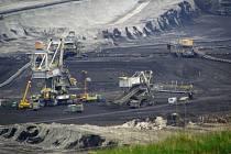 Těžební pole v revíru Sokolovské uhelné.