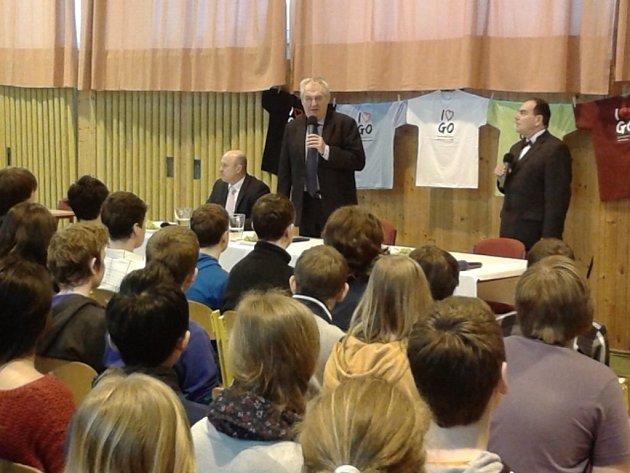Prezident Miloš Zeman v Gymnáziu Ostrov