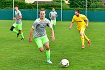 Fotbalisté Sedlece si připsali o víkendu na účet premiérovou výhru, když v 6. kole I. B třídy porazili Křižovatku 4:2.