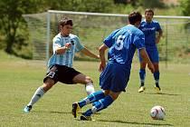 TURNAJOVÝ BRONZ vybojovali o víkendu fotbalisté Ajaxu Kolová (na snímku) na prestižním fotbalovém turnaji, který se konal nedaleko Alp v německém Betzigau, kde se zúčastnili 4. ročníku Bernasconi Cupu 2010.