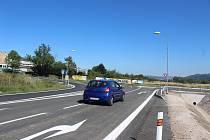 Řidiči uvítají, že práce na rychlostní silnici poblíž Globusu už skončily.