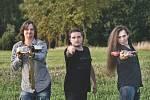 Kapelu Tajfun jsme založili v roce 2007 s basistou a zpěvákem Tomášem Beranem a bubeníkem Víťou Kováčem.