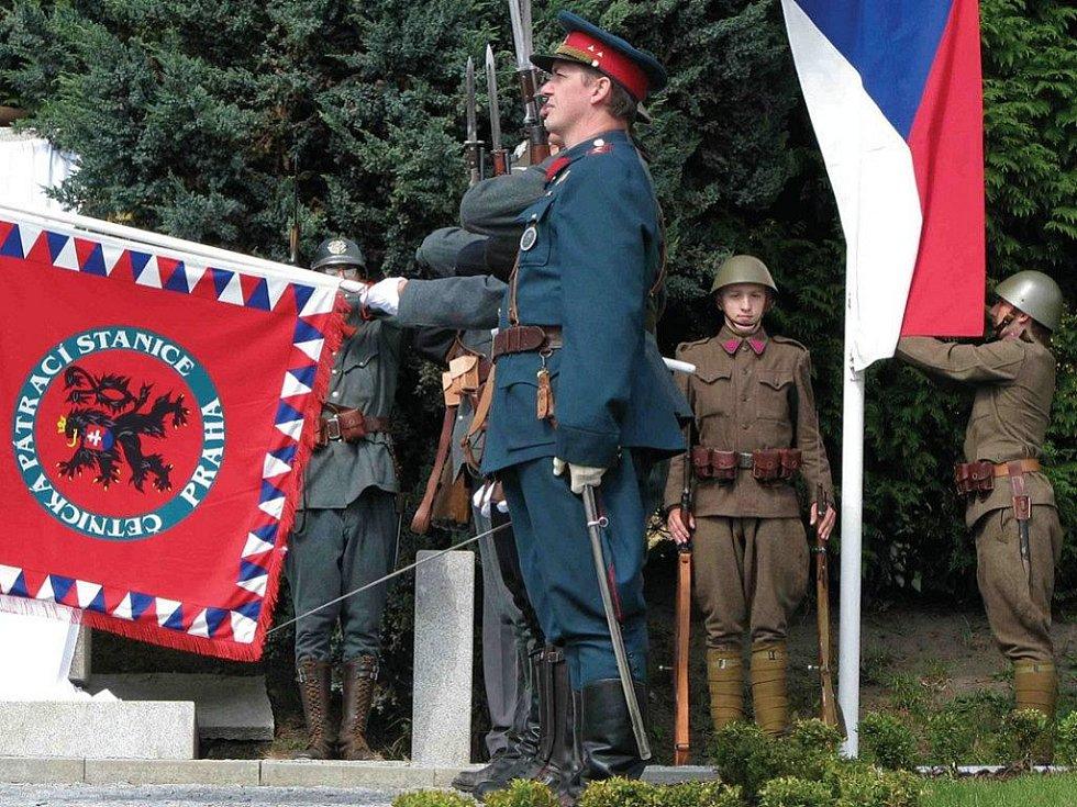 Pieta. Otevření muzea bude předcházet pietní akt u pomníku padlých četníků.