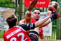 Druhé podzimní vystoupení v rámci Ligového poháru mají před sebou nohejbalisté SK Liapor Witte Karlovy Vary, kteří se opět představí doma, kde jim budou soupeřem Holice.