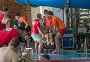"""Letošního ročníku plaveckých závodů """"Pohárek"""" se zúčastnilo více než 130 závodníků."""